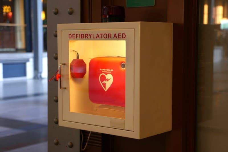 formation secourisme : initiation à la réanimation cardio-pulmonaire et utilisation du défibrillateur